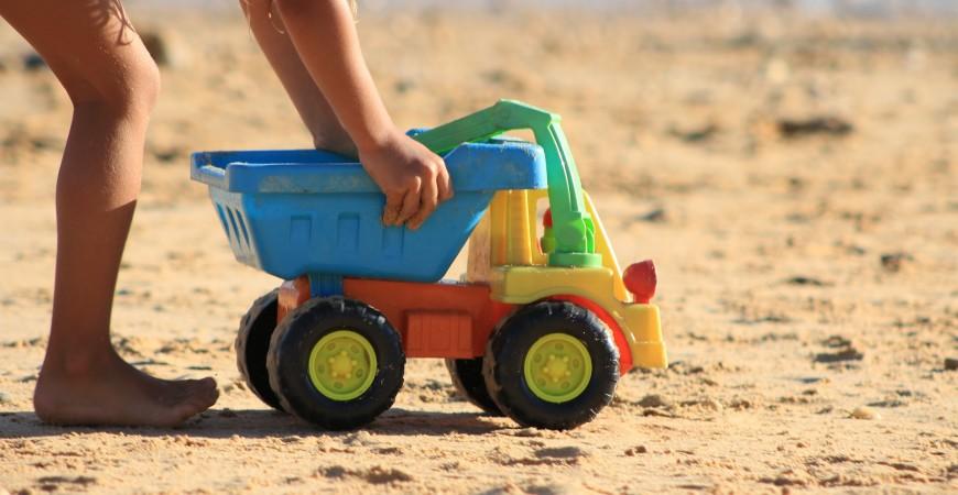 Los mejores juguetes para la playa por menos de 10€